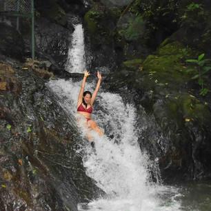 Waterfalls__lg.JPG