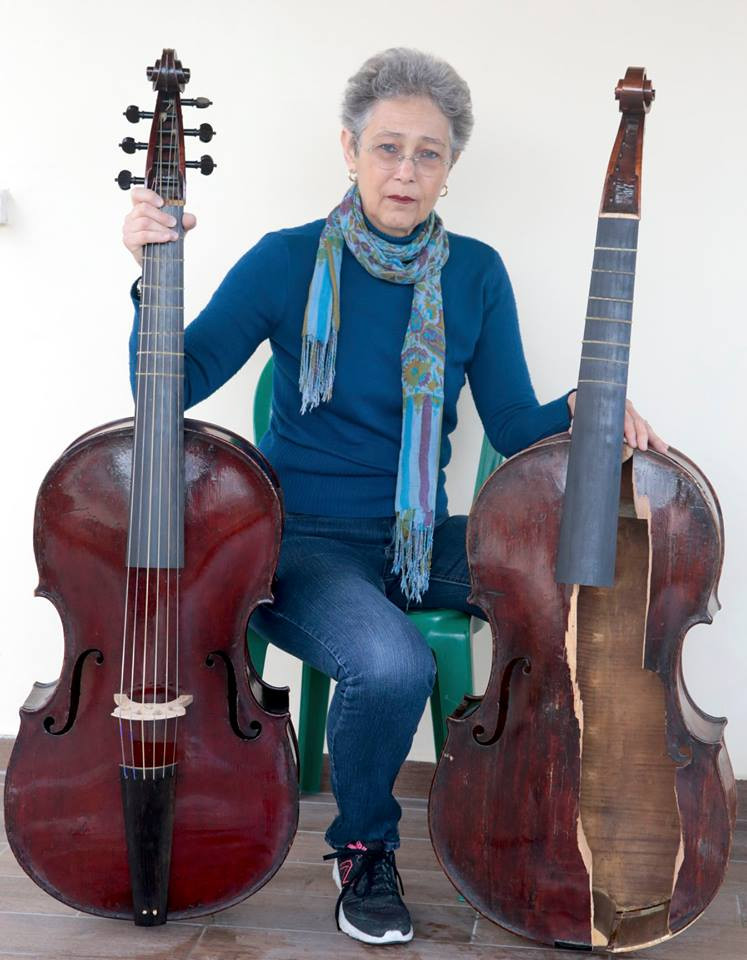 Myrna Herzog with his twin violas da gamba