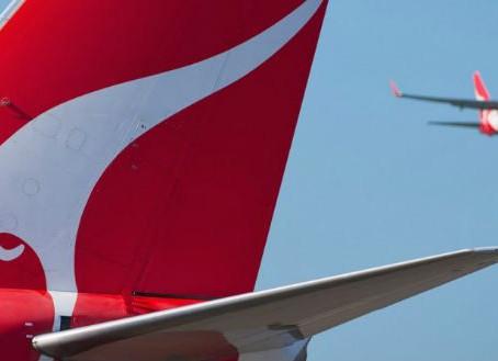 Qantas Airways Refuse 1766 Guadagnini Violin in Cabin