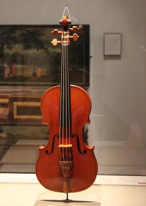 Stradivarius EL MESÍAS
