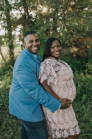 Lachina & Joseph | Maternity Session | Memphis, TN | Shelby Renee Photo