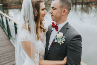 An Intimate, Winter Wedding | Litcherman Nature Center | Memphis Wedding Photographer.