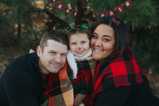 The Jones Family | A Very Christmas Family Session | Memphis Family Photographer