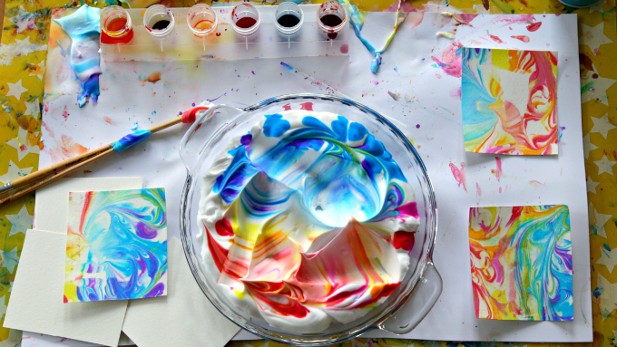 DIY-Marbled-Paper-with-Shaving-Cream-and