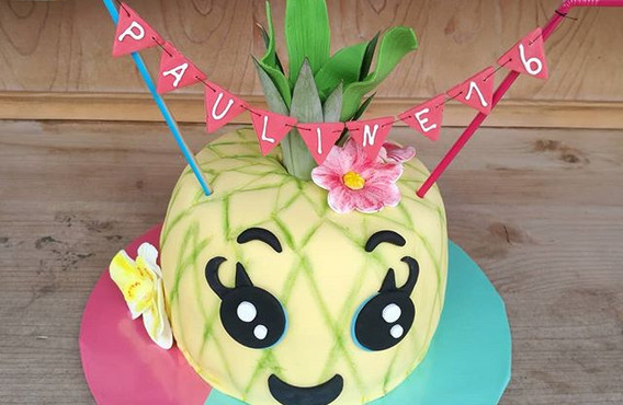 🍍A pineapple a day keeps the doctor awa