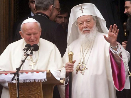May 7 The Pope visits Romania, building bridges with the Orthodox