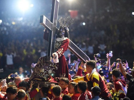 Jan 9 - The worlds largest procession in Manila