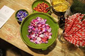 bar flowers.jpg