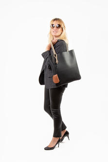 Laure_Tote_Medium_Key_Tan_Web.jpg