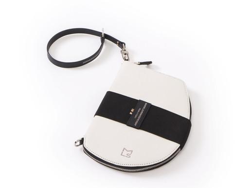 Is Pocket replacing the handbag?