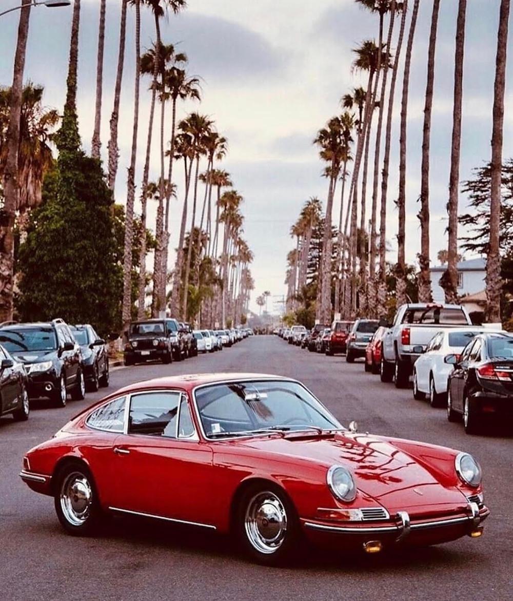Porsche 911 (1967) extrait de Miles magazine