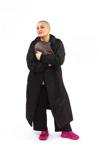 Samia_Zip_XL_Ebony_Large_Leather_Crossbo