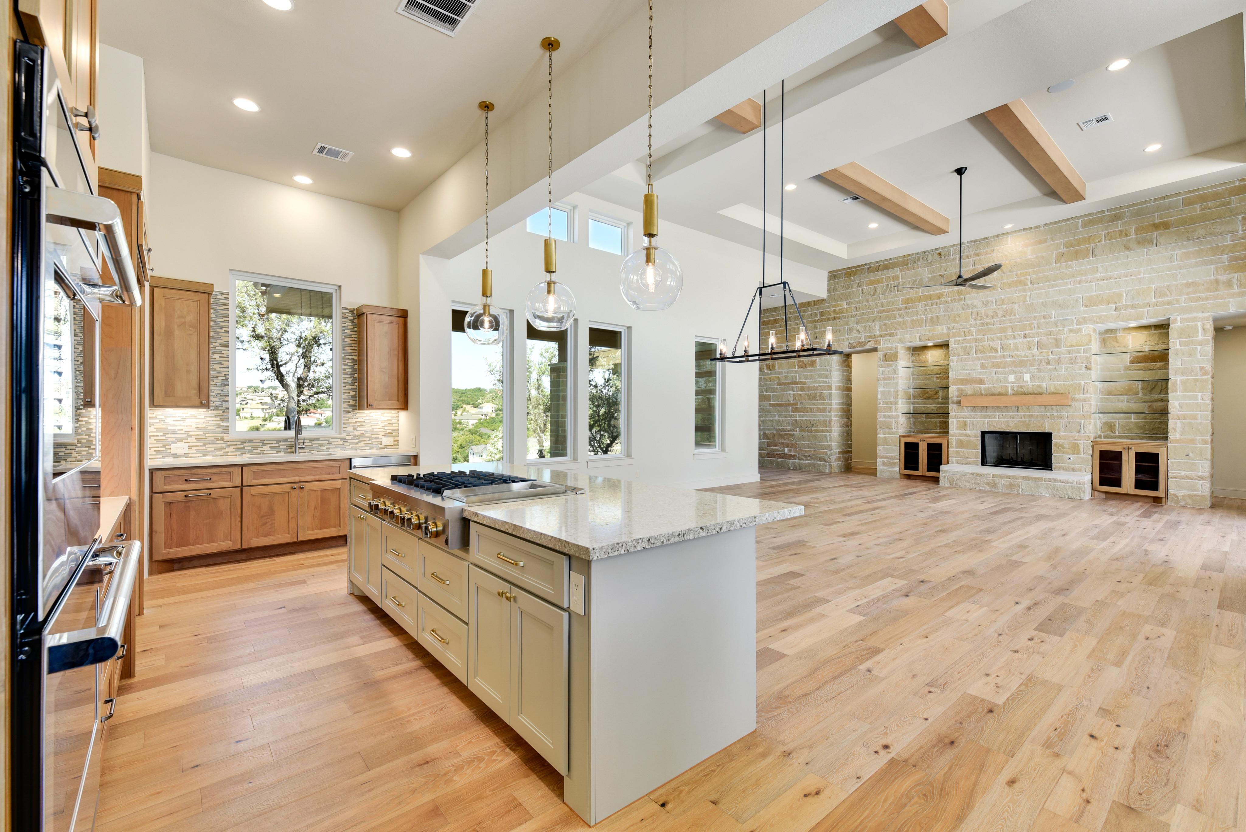 orig_109 Stephanie Lane kitchen.jpg