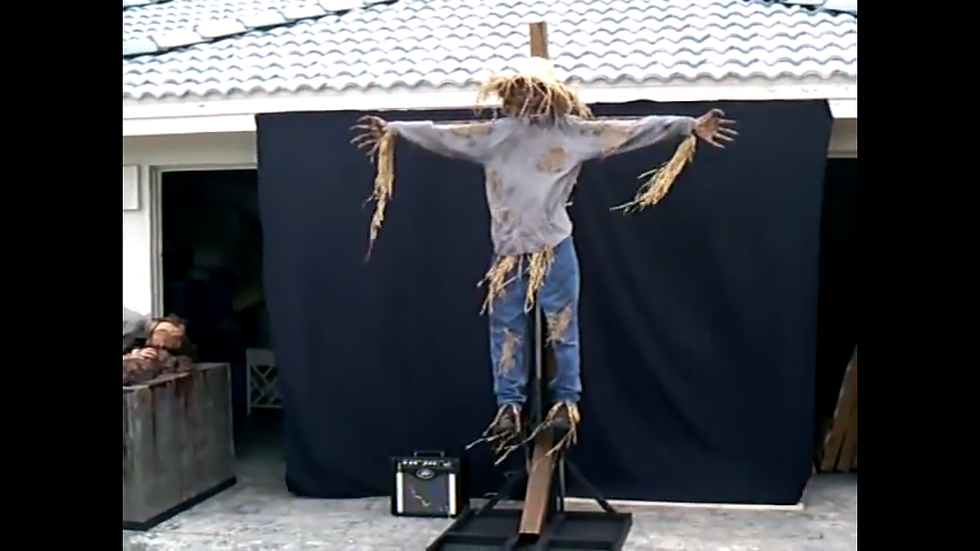 Animated scarecrow rotten