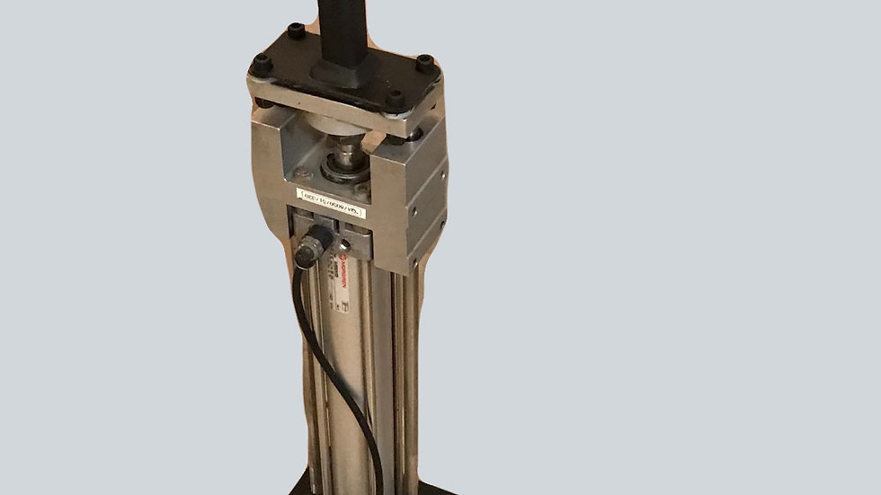 """12"""" vertical riser with built in linear block guides"""