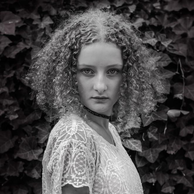 Miranda Schmitz -In Between, Belgium.