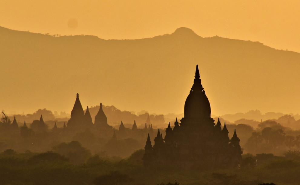 Amit Kanvar - Sunset at Bagan, India