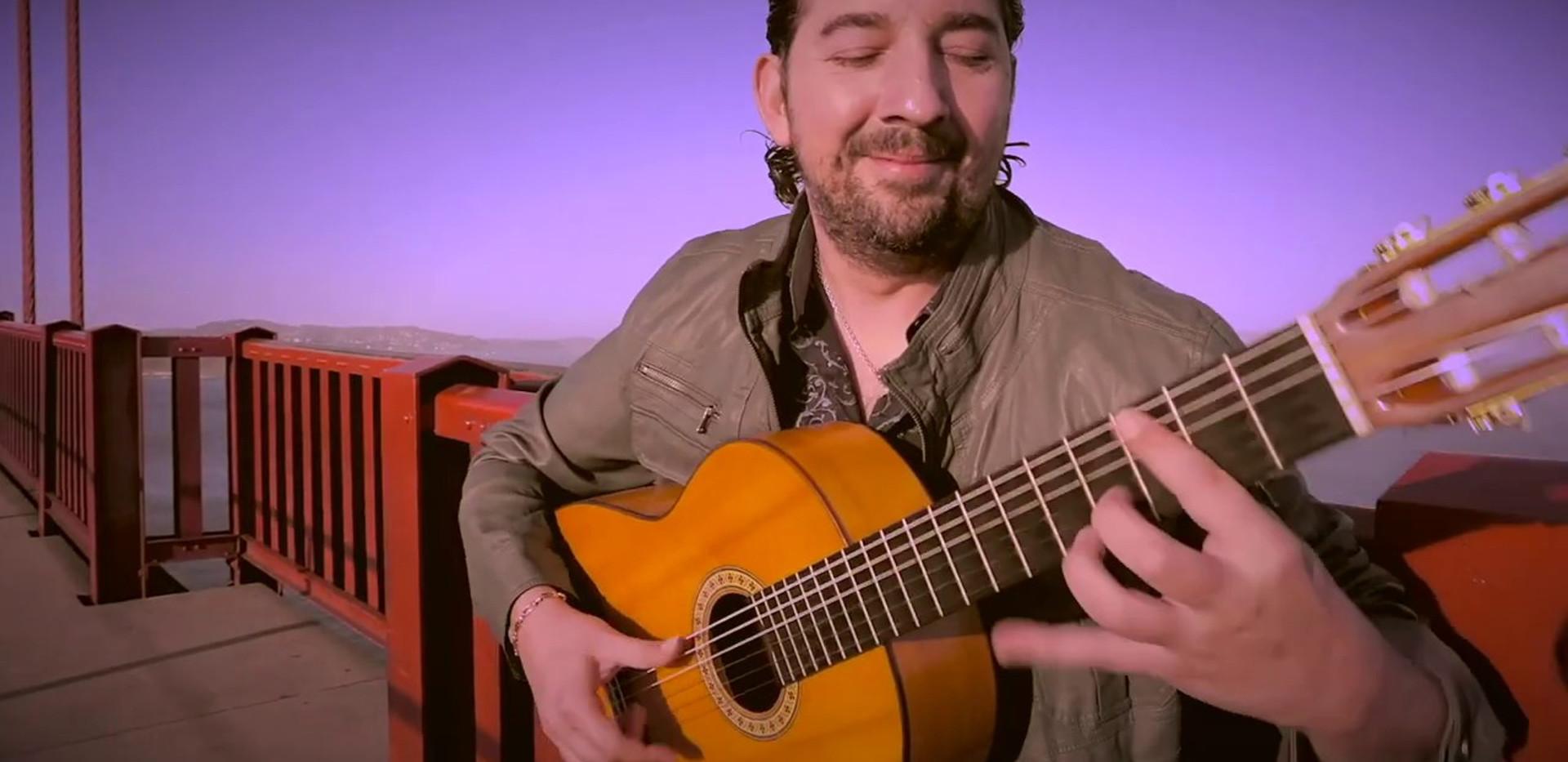 Music Video | Antonio Rey -Sin Fronteras