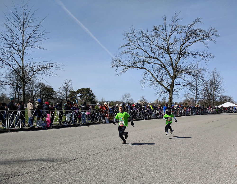 2 OakHaven runners get off to a fast start.