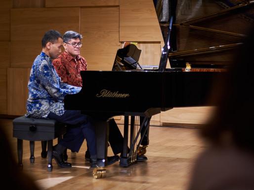 Keselarasan dalam Pertunjukan Piano Empat Tangan Aryo & Harimada