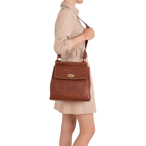 Gianni Conti leather satchel style shoulder bag