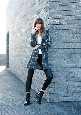 Marble square patterned hooded jacket.jp