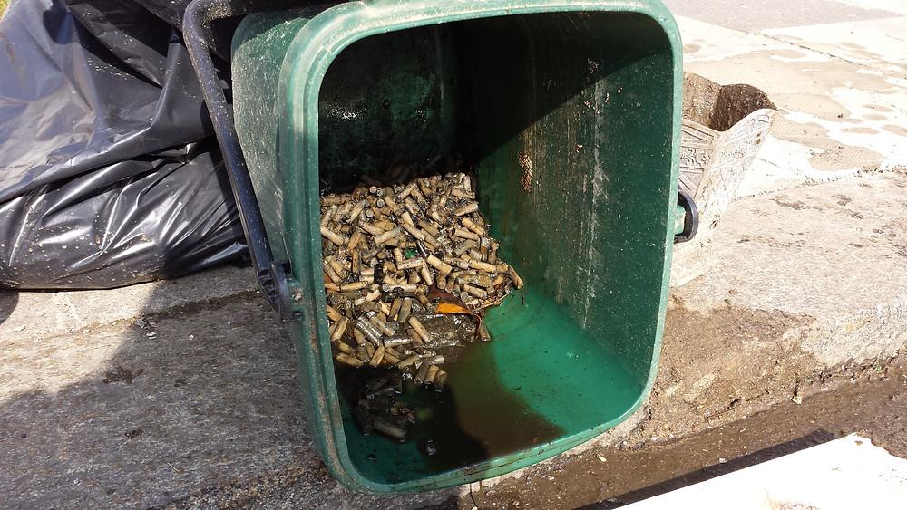 Sarah Rees Garden Blog Pic 29 giant ashtray.jpg