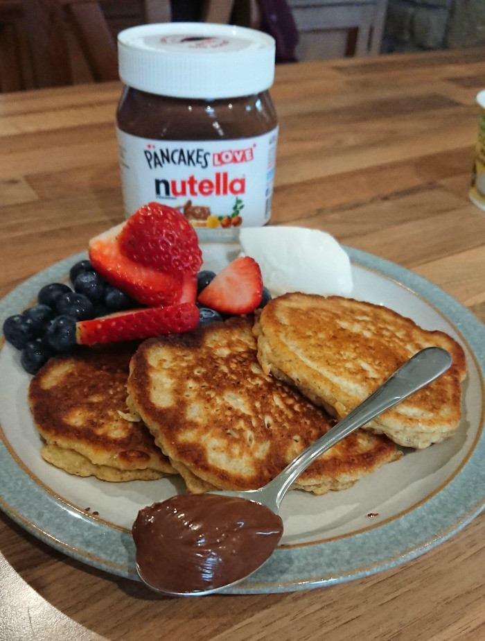 nutella pancakes - one spoon of nutella on the plate