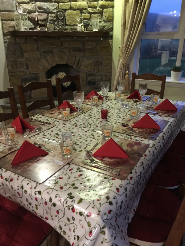 holiday hosting tips 4