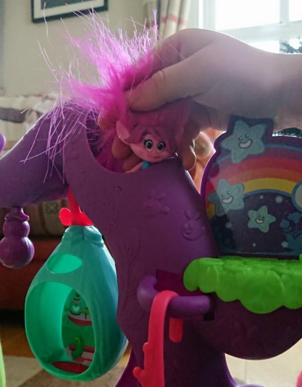 poppy in trolls tree