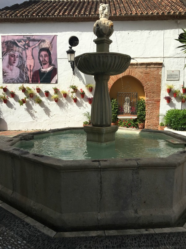 old town marbella fountain