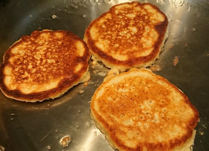 Nutella pancakes - on frying pan