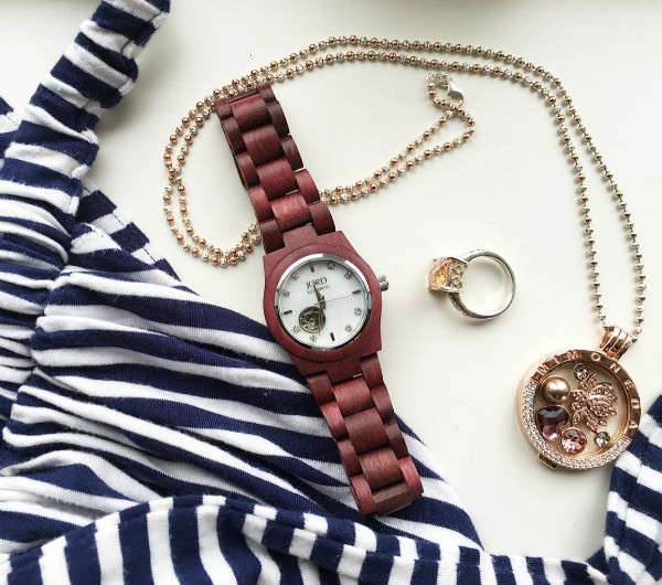 jord wrist watch with accessories