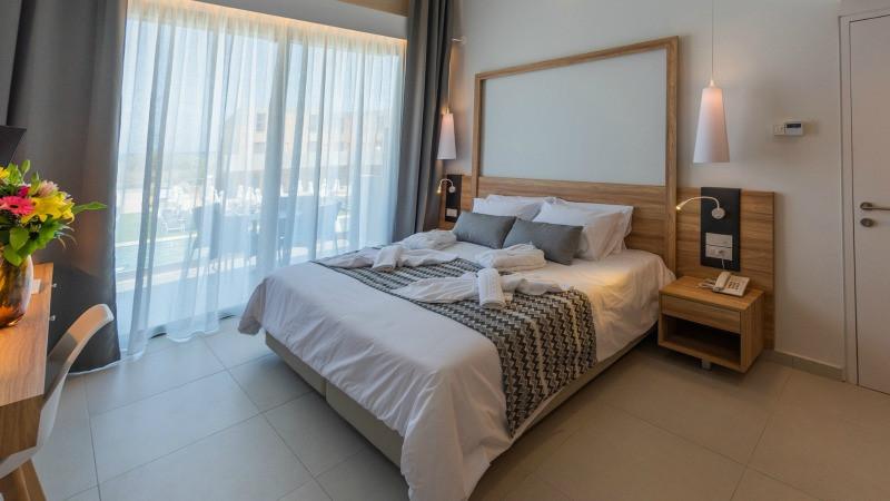 kiani beach resort room