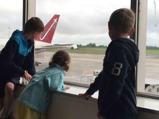 flying with kids 4