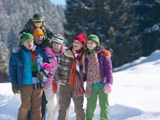 The Benefits of a Family Snow Holiday