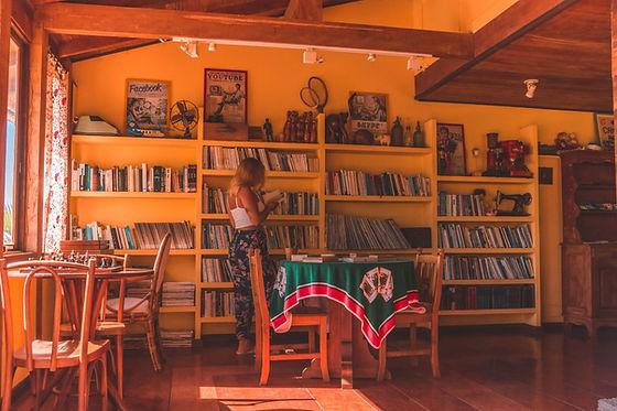 biblioteca sala de jogos recepcao