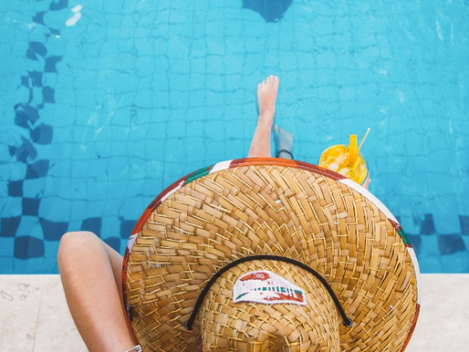 Estilo VERÃO, muita água, diversão com amigos e PROTEÇÃO SOLAR.