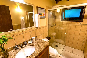 Banheiro Chalé Luxo 9