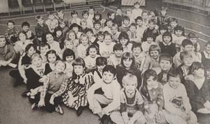 kirkton p3+4 xmas party - 1986.jpg