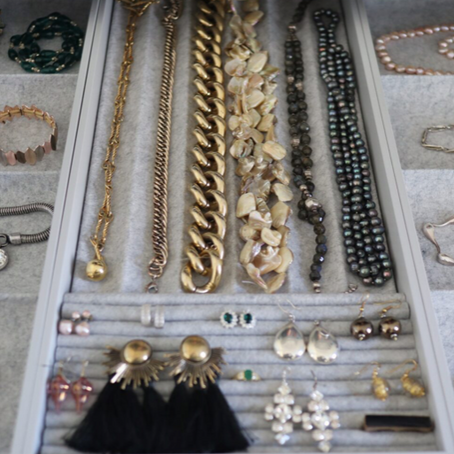 How to Organise and Declutter your Jewellery