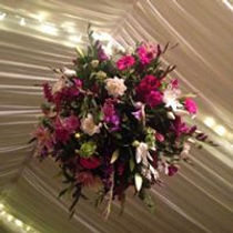 weddingflowerball.jpg