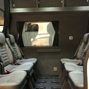tourbus5.jpg