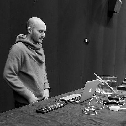 Hugues Sanchez Diaboliques Remix au Lux scène nationale de valence.jpg
