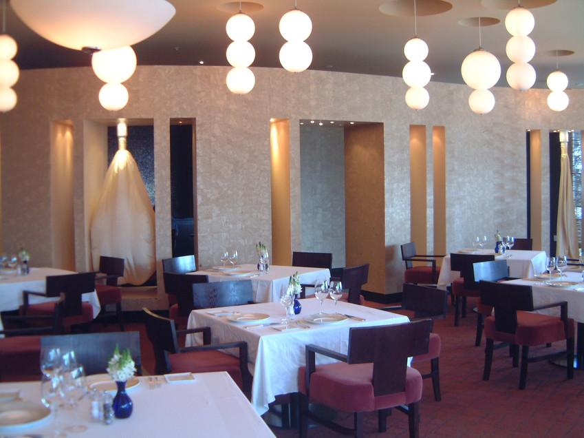 Naiomie's Restaurant.JPG