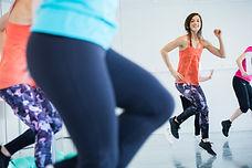 Loreleï Le Bihan coach spotif fitness, coaching à domicile et en entreprise, danse cardio