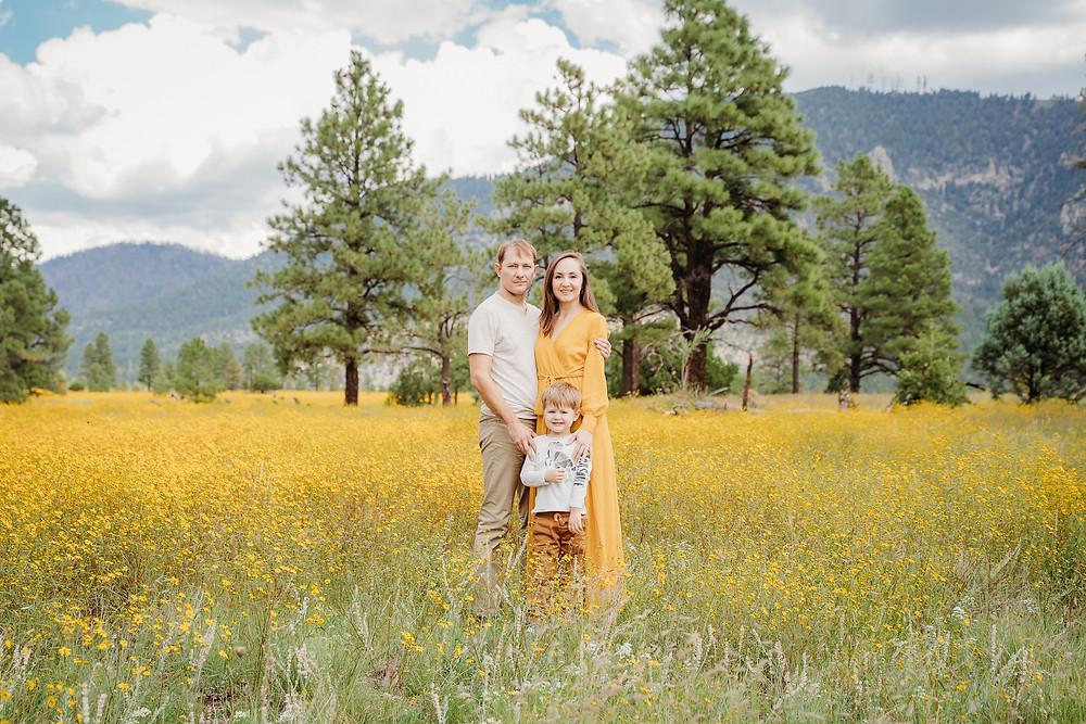 Fall Family Photo Outfits Inspiration   Flagstaff, Arizona