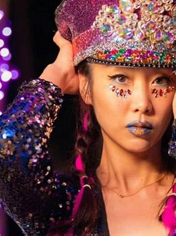 Festival Glitter Look