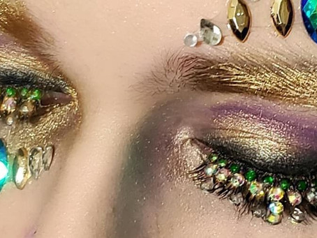 Jeweled Lashes: The hot new festival trend for 2020
