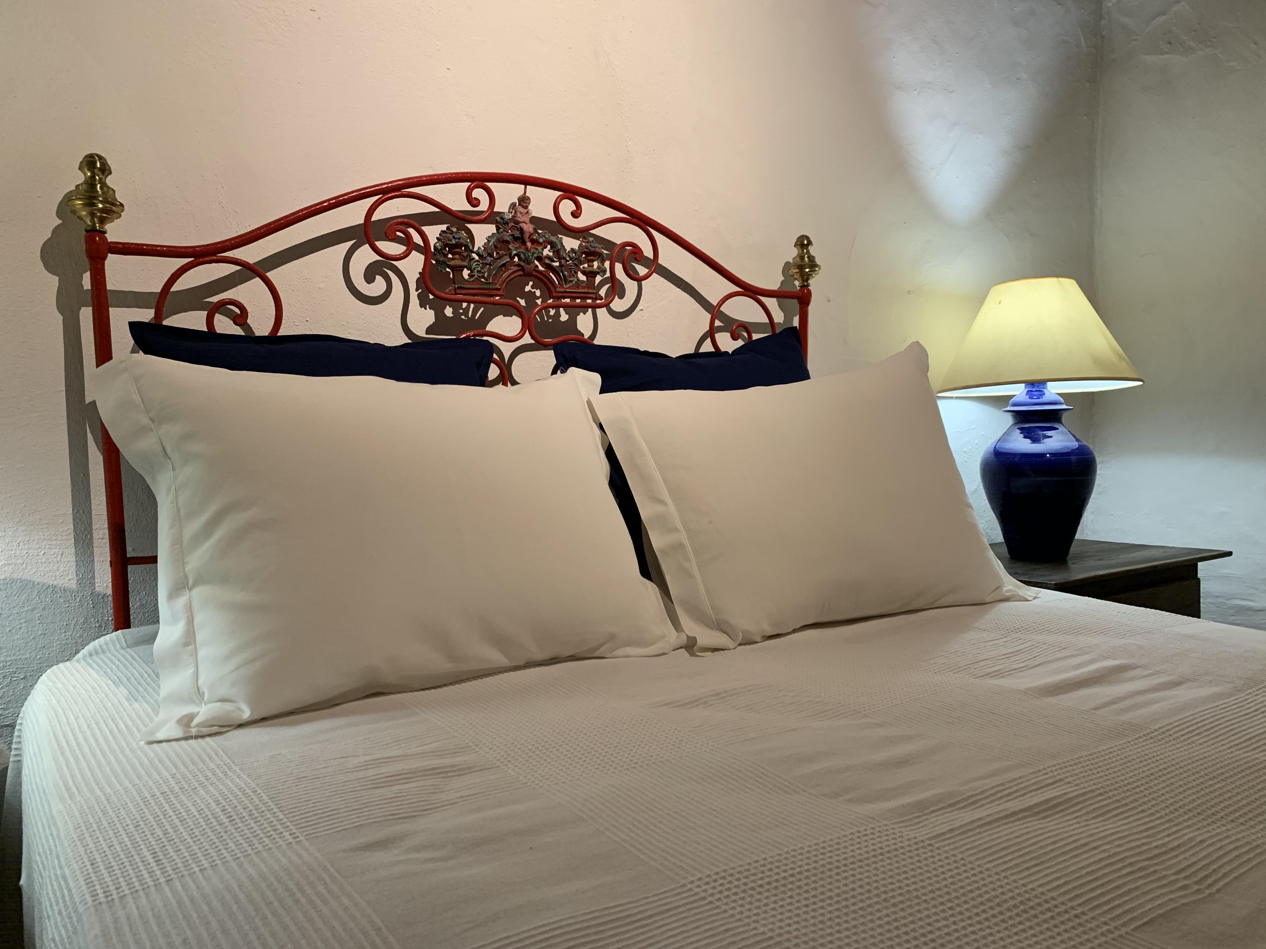 detalhe cama casa da vinha